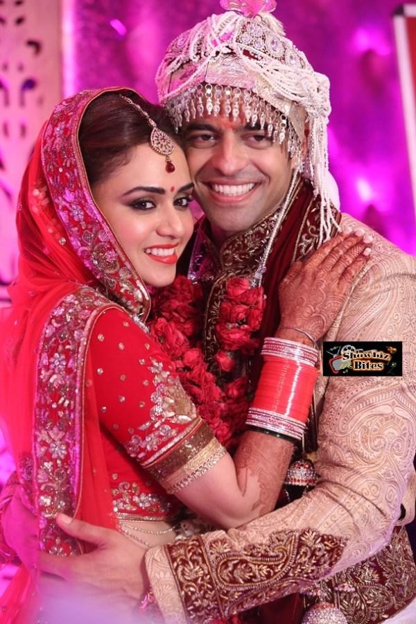 Amruta Khanvilkar and Himmanshoo Ashok Malhotra