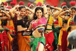 PIX: Sunny Leone Looks Damn Hot on Aishwarya's Dholi Taro Song