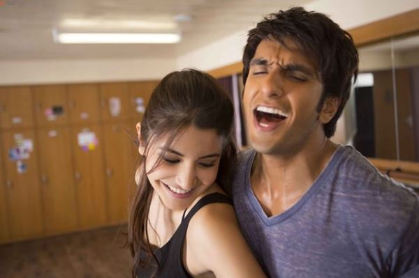 Dil Dhadakne Do Stills-01