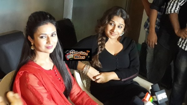 Vidya Balan on the Sets of Yeh Hai Mohabaatein-04