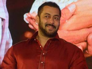 Salman Khan to Perform LIVE with Jacqueline and Chitrangada