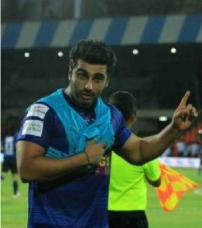 arjun kapoor at celebrity football match