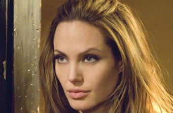 """Angelina Jolie takes over for Cruise in """"Edwin A. Salt"""""""