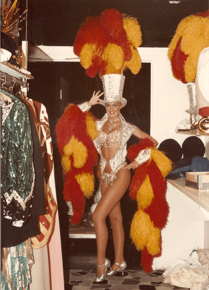 Showgirl's Life Podcast   Ep. 4 Thrown into the deep end with special guest Lindsey raven
