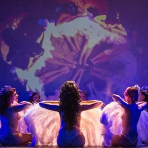 Showgirl's Life | Créme de Luxe Showgirl Act performance