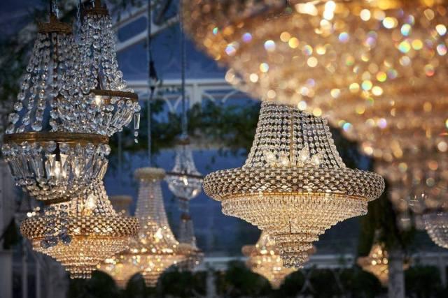 Lampara tipo oro para bodas de lujo
