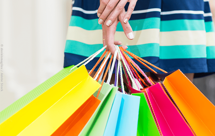 Overspending on impulse buys drains your bank account and clutters your home. Try these easy tips to stop impulse spending, curb overshopping, and feel good about the things you buy. #overshopping #shopping #money