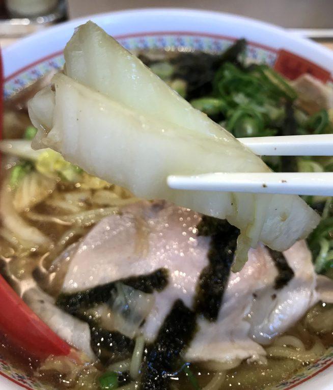 神座のラーメン雑炊の白菜