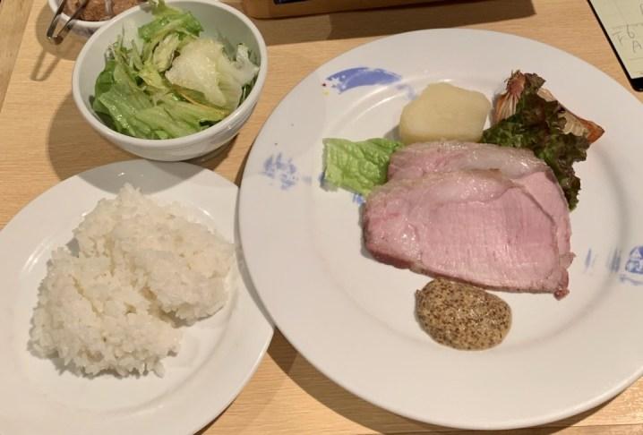 渋谷の宮益坂「おまかせ亭」のBランチ米沢三元豚のロースト