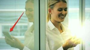 Samsung Galaxy 2 é mostrado por erro em propaganda da empresa 13