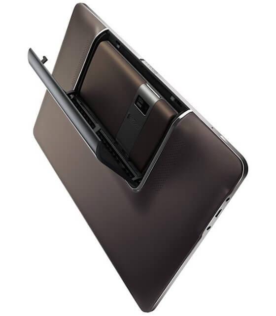 Asus Padfone Android official 5 - Asus apresenta tablet 3D e celular-tablet em feira em Taiwan