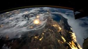 Voando sobre o Planeta Terra (vídeo) 12