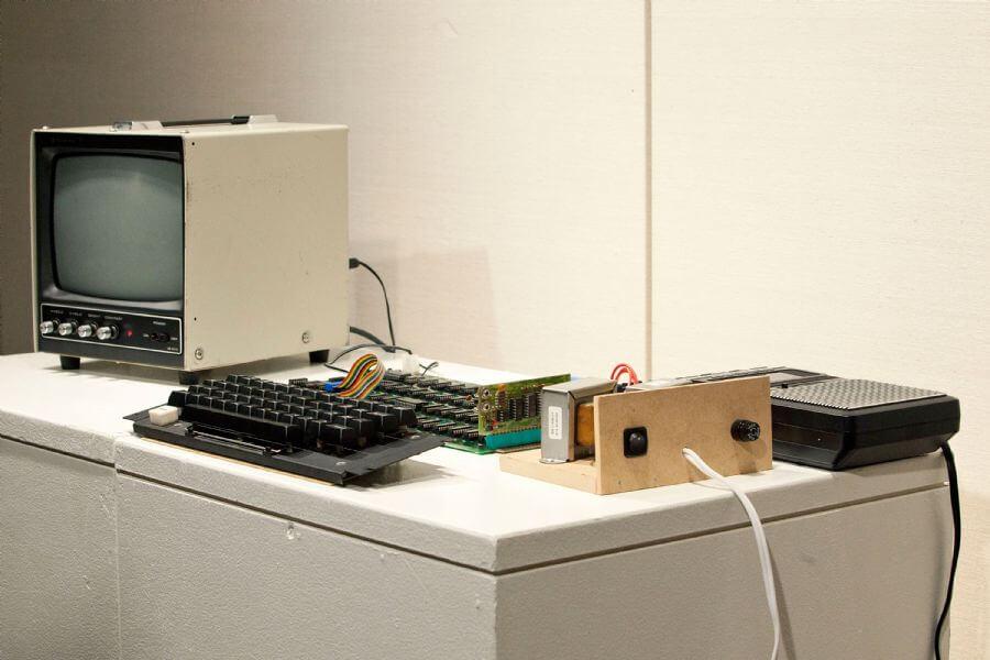 Andrew Burton Getty Images North America AFP - Primeiro computador da Apple será leiloado