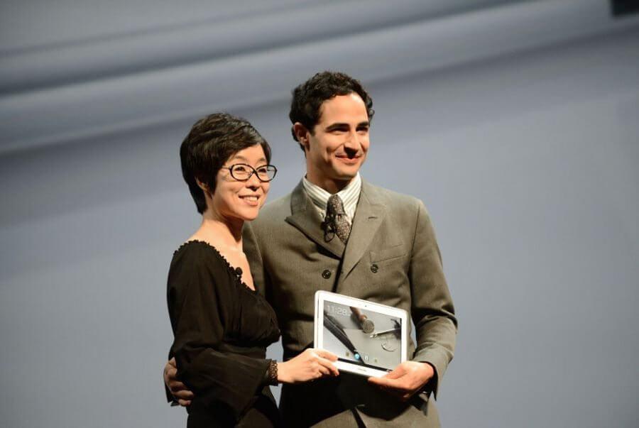 Samsung quer confundir rivais antes de lançar novos produtos Don Emmert AFP - Samsung promove marketing provocativo