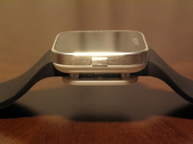 P3240264a - Review: Sony Smartwatch
