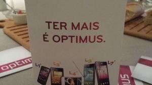 LG lança linha de smartphones Optimus LII 7