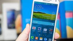 Lojas brasileiras começam a vender o Galaxy S5 neste sábado 15