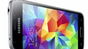 Samsung lança Galaxy S5 mini, com tela menor e menos potência 12