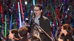 """smt starwars jjabrams - Definitivamente """"Star Wars: O Despertar da Força"""" é o filme de 2015"""