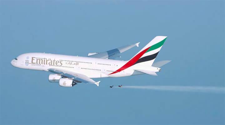 Esses dois caras voaram ao lado do maior avião comercial do mundo 6