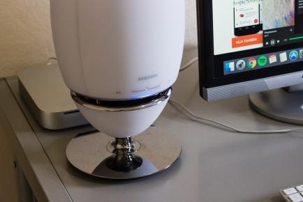 Samsung r7 audio wireless 360 3