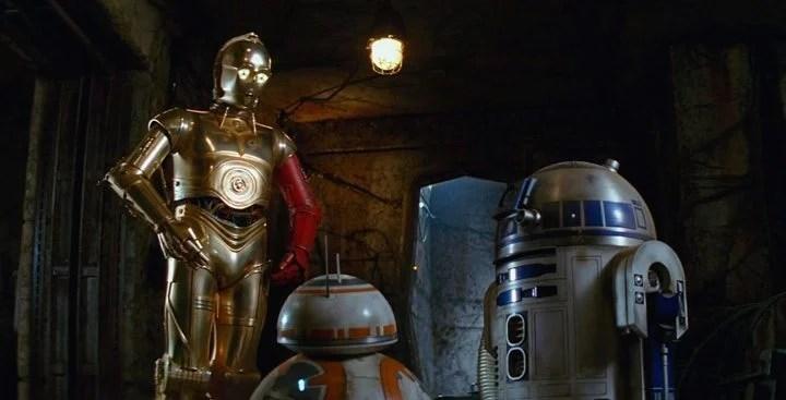 """c 3po braco vermelho - Revelado o segredo do braço vermelho de C-3PO em """"Star Wars: O Despertar da Força"""""""