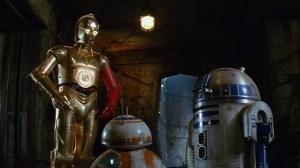 """Revelado o segredo do braço vermelho de C-3PO em """"Star Wars: O Despertar da Força"""" 8"""