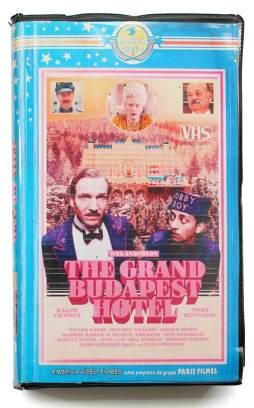 smt vhs grandehotel - De volta para o passado: Cinéfilo adapta lançamentos do cinema em VHS