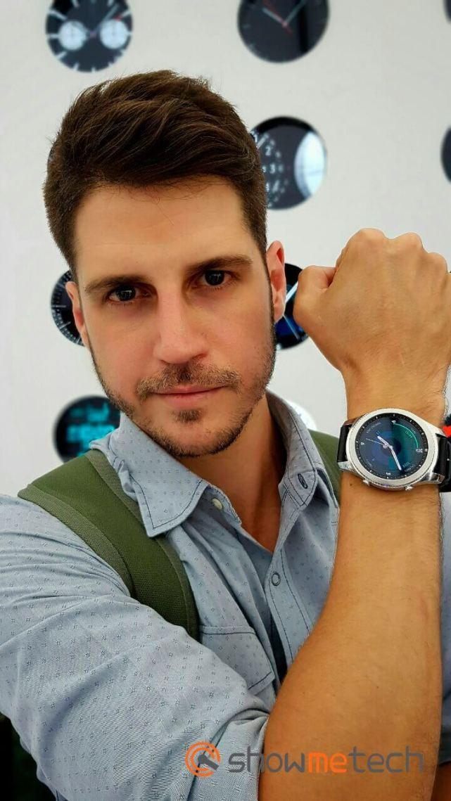 Bruno no evento - IFA 2016: Samsung Gear S3 é anunciado em dois modelos