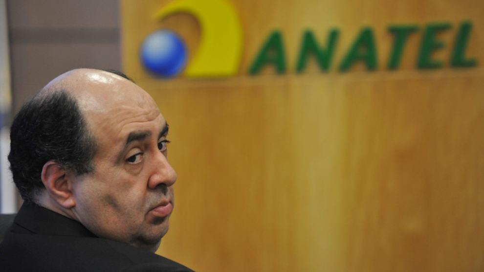 Tchau, querido: Presidente da Anatel renuncia ao cargo 8