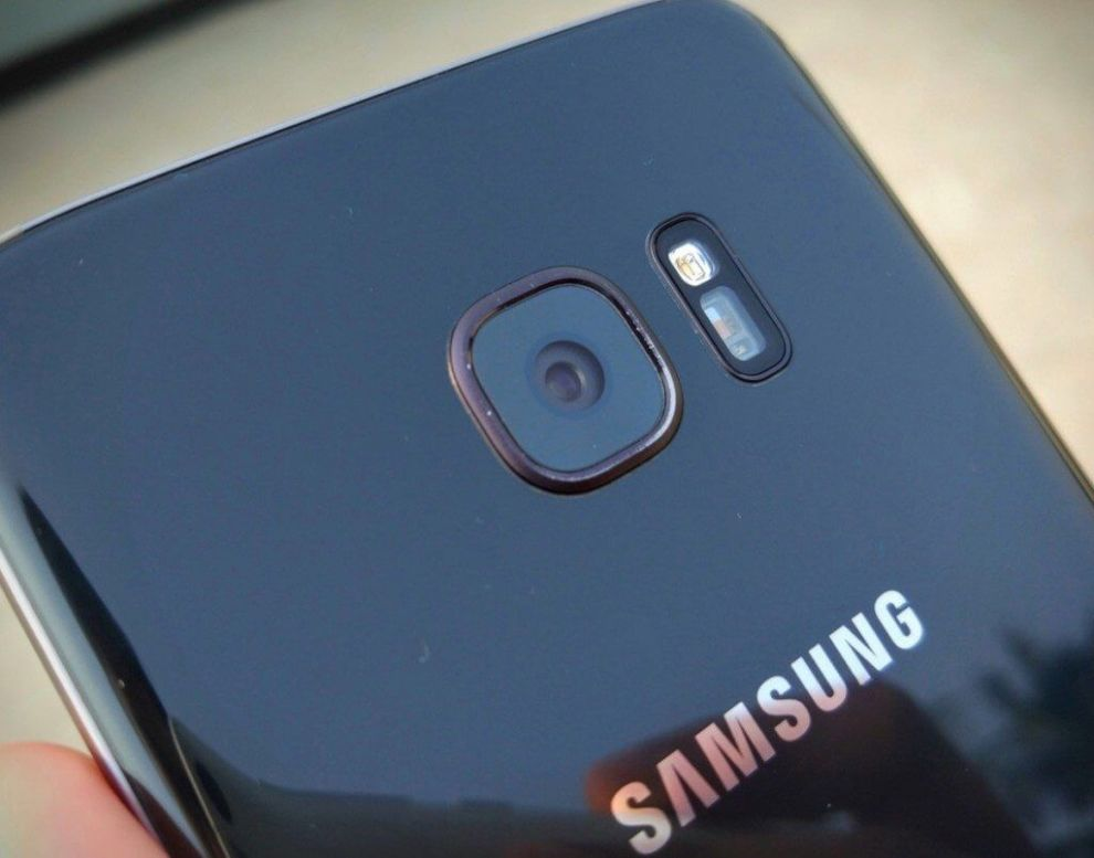 Samsung Galaxy S7 edge review3 1024x804 - Inspirado pela Apple? Galaxy S8 pode trazer vários recursos previstos para o iPhone 8