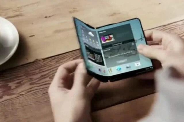 samsung flexible display smartphone promo 640x0 - O que sabemos sobre o Galaxy X, smartphone dobrável da Samsung