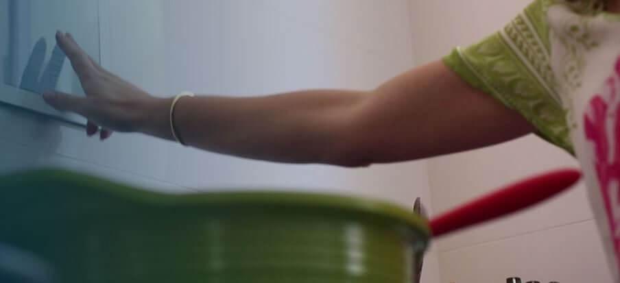 Review: LizzyTape, a fita que permite grudar o smartphone em qualquer superfície 8