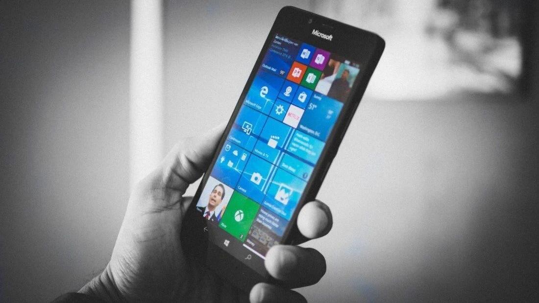"""windows - Microsoft decreta a """"morte"""" do Windows Phone"""