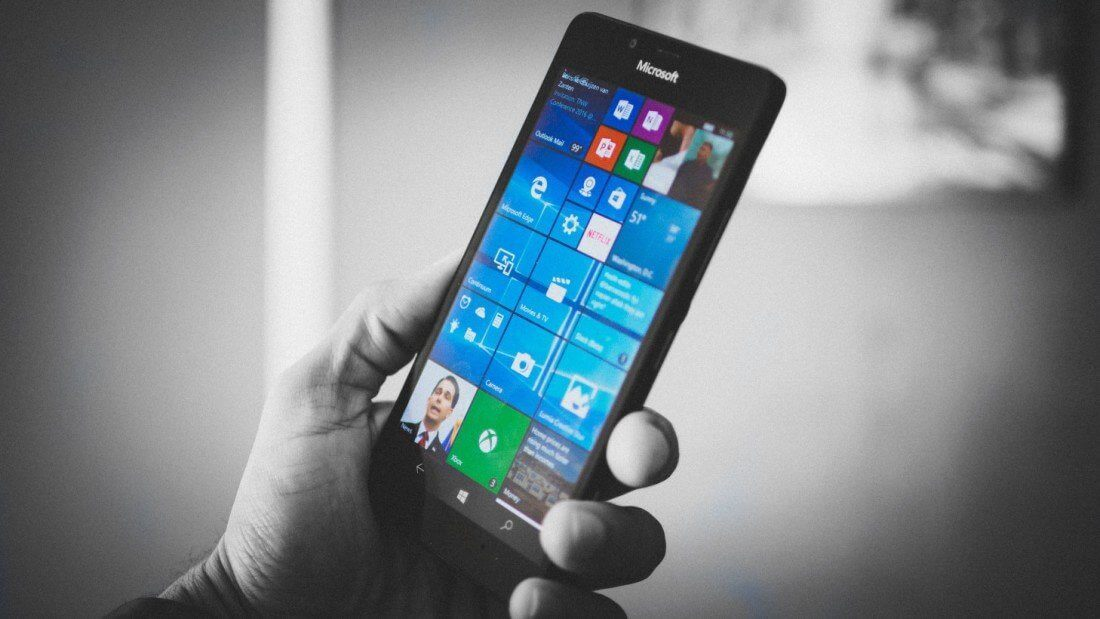 "Microsoft decreta a ""morte"" do Windows Phone 3"