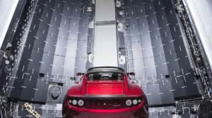 Elon Musk enviará um carro esportivo para Marte; confira as imagens 11