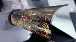 Telas flexíveis vindo aí? Sony produzirá smartphones com tela OLED