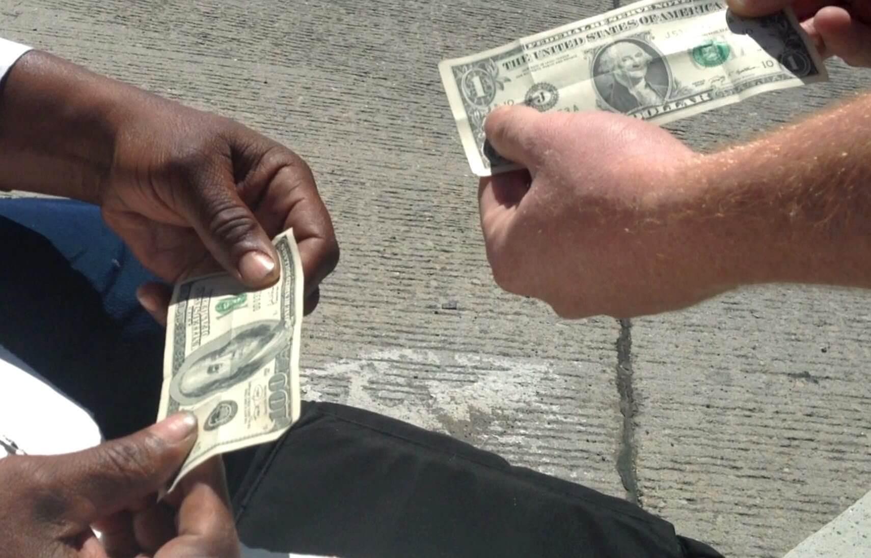 """maxresdefault 8 - Frank Abagnale, de """"Prenda-me Se For Capaz"""", explica como proteger seu dinheiro"""
