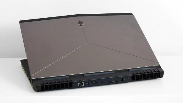 Alienware 15 r3 02