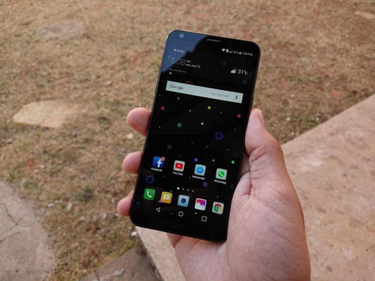 LG Q6 e Q6+ ganham atualização de software que traz modo retrato para a câmera de selfie 5