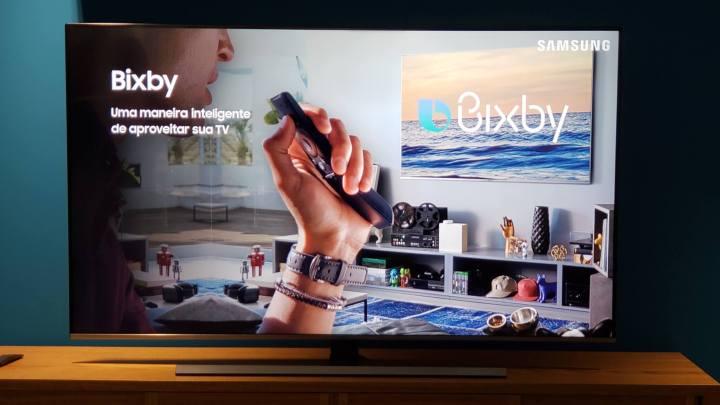 Comande a TV com a ajuda do assistente Bixby