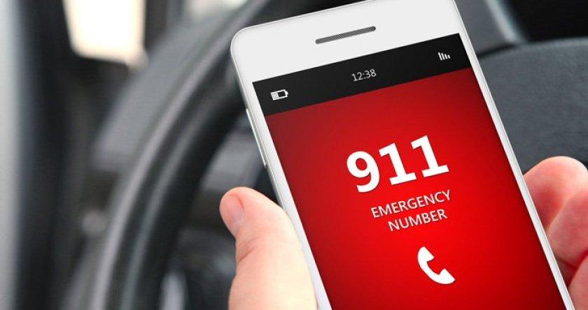Resultado de imagem para emergency smartphone