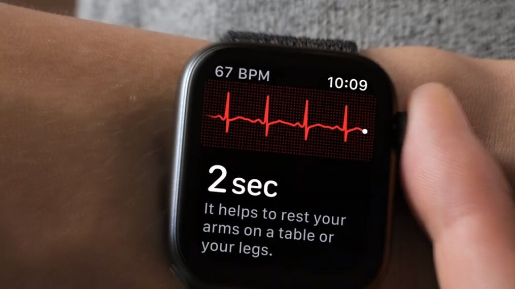 A realização eletrocardiogramas é um dos novos recursos do relógio