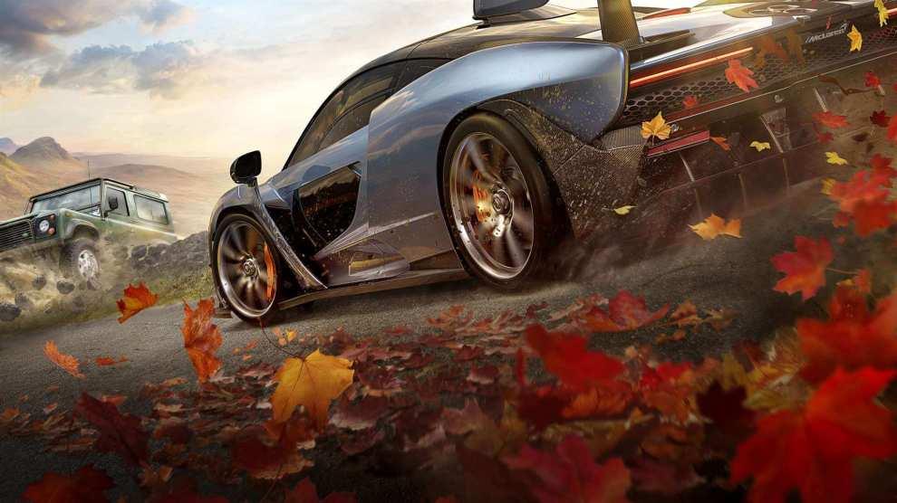 Forza Horizon 4 é um jogo de corridas inesquecível que reúne tudo de melhor do gênero e ainda cede espaço para inovar em alguns aspectos.