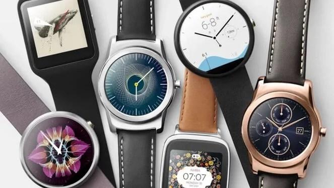 Relógios inteligentes que possuem o Snapdragon Wear, fabricado pela Q