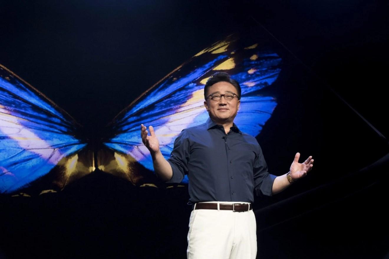 Novo smartphone dobrável da Samsung