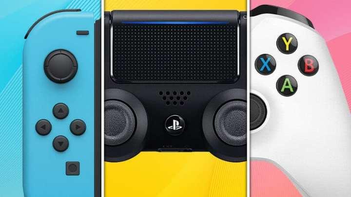 três controles dos consoles juntos