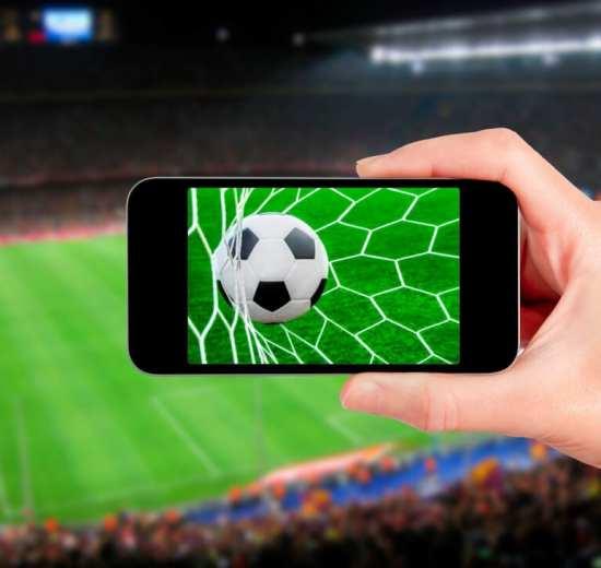 Assista futebol no celular com o Premiere