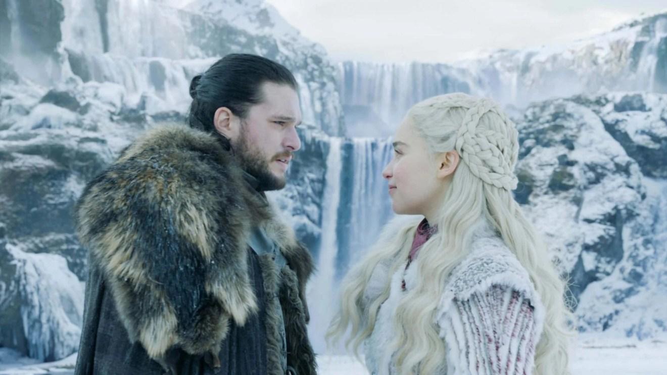 Jon Snow (Kit Harington) e Daenerys Targaryen (Emilia Clarke) na oitava temporada de Game of Thrones
