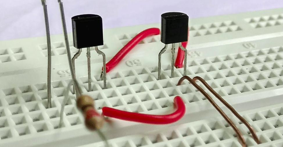 Transistor: entenda o que é e a importância desse componente 9